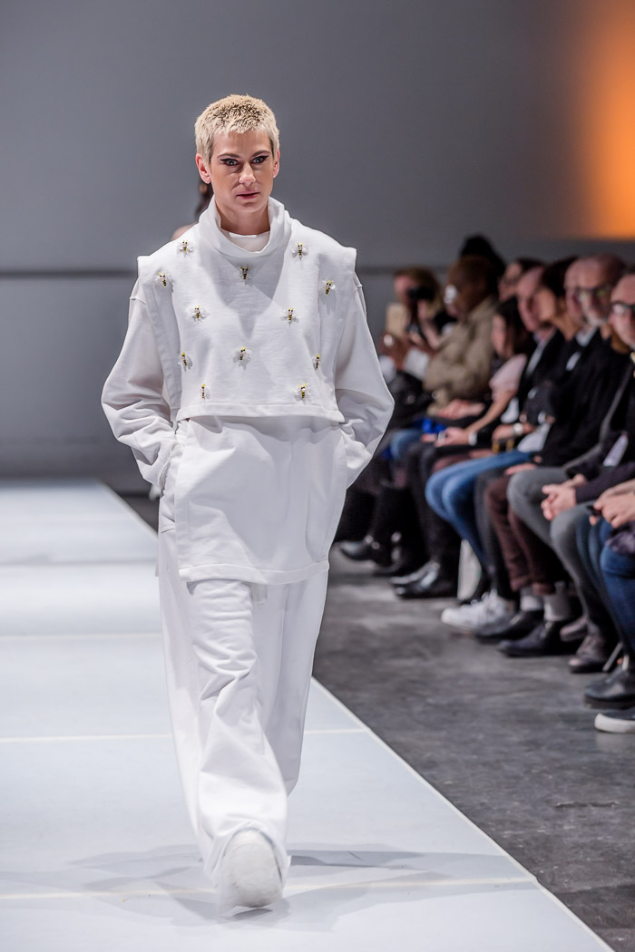 Photo of outfit from V-Franz collection and runway show at Fashion Preview #7